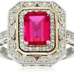 NWOT Beautiful Red Topaz Art Deco Ring